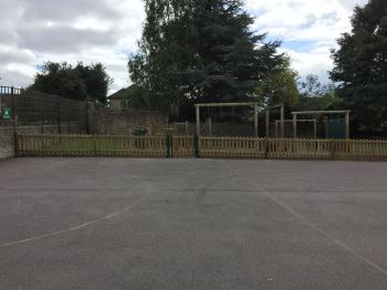 Jacksons Playtime fencing (3)