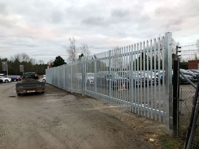Steel palisade security fencing, Kidlington