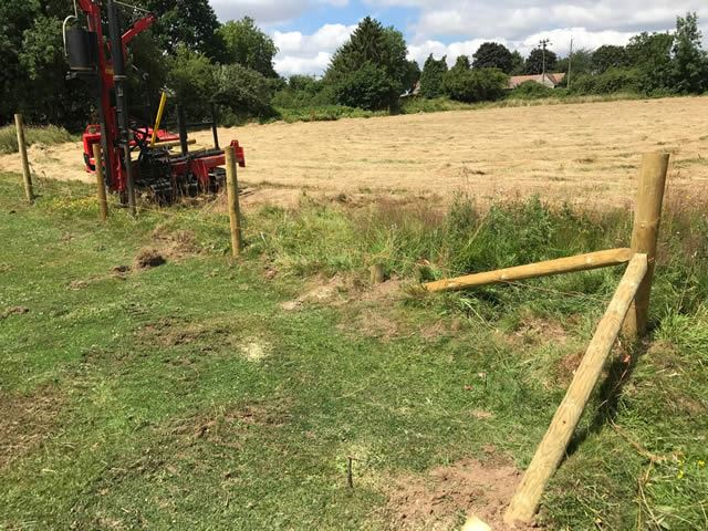 Stock fencing in Oxford