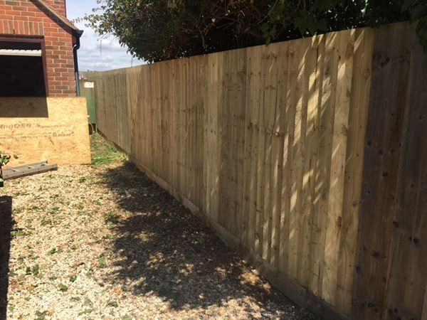 Witney fencing installation