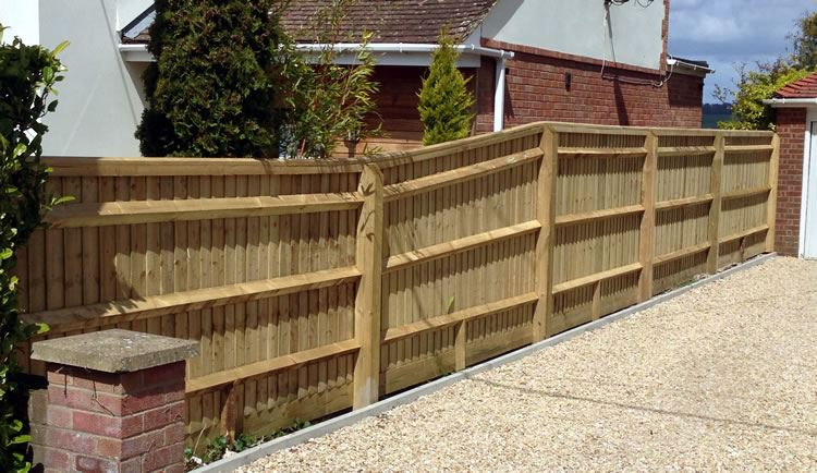 Close board fencing on driveway